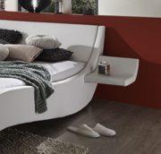 SAM Polsterbett 200x200 cm Macao, Bett aus Kunstleder, weiß, geschwungenes Kopf- und Seitenteil, inkl. zwei Nachttischablagen 1