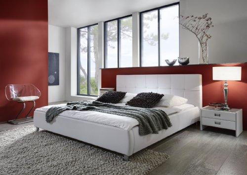 SAM Polsterbett 200x200 cm Zarah, weiß, Bett aus Kunstleder, gepolstertes, abgestepptes Kopfteil, stilvolle Chromfüße