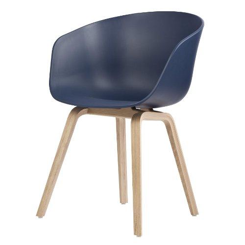 HAY About a Chair 22 Armlehnstuhl Colour, blau Gestell Eiche geseift mit Kunststoffgleitern