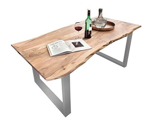 SAM® Stilvoller Esszimmertisch Quarto aus Akazie-Holz, Tisch mit lackierten Beinen aus Roheisen, naturbelassene Optik mit einer Baumkanten-Tischplatte